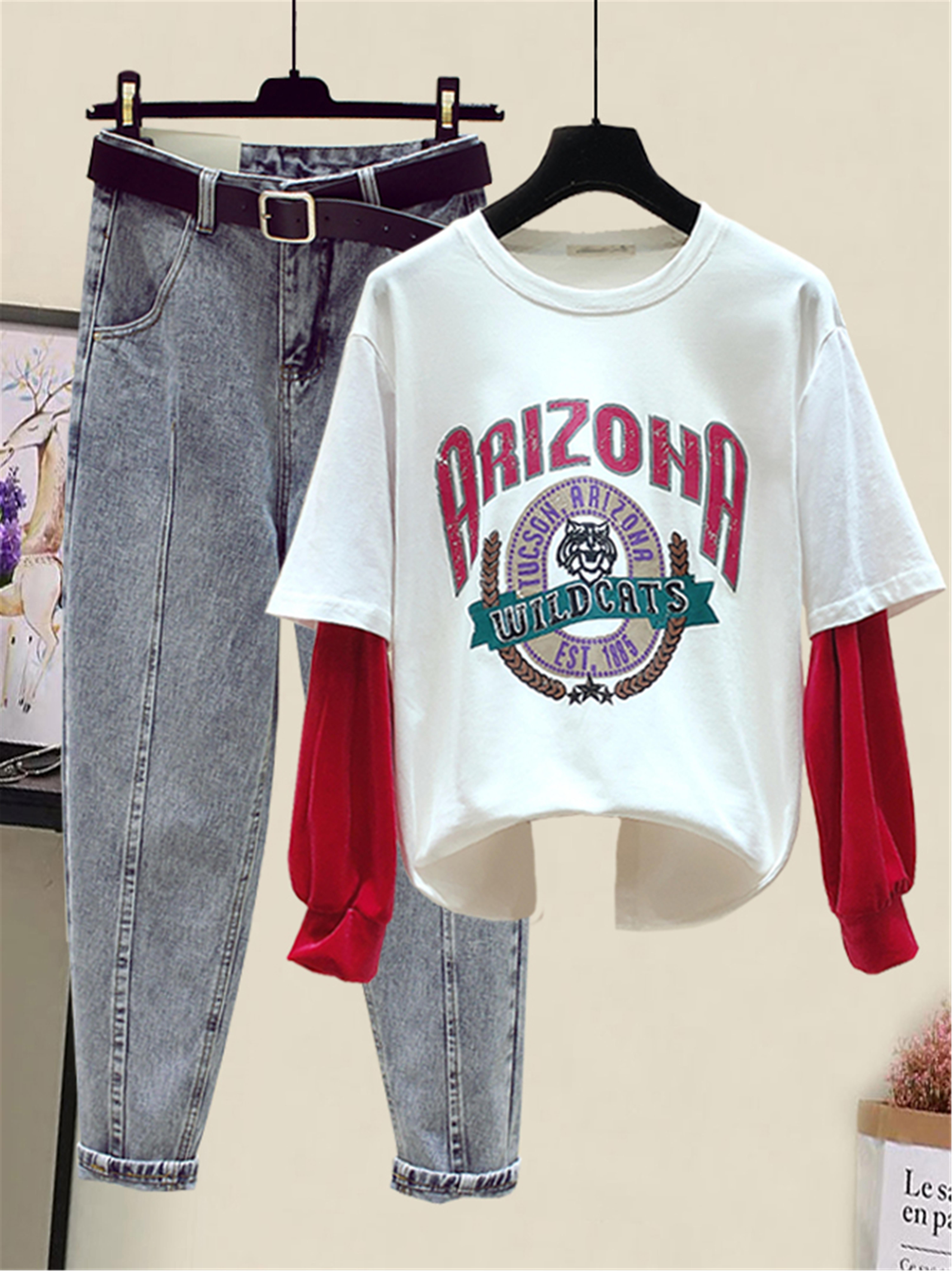 春季新款宽松圆领袖子拼接假两件t恤+高腰直筒牛仔裤套装两件套图片