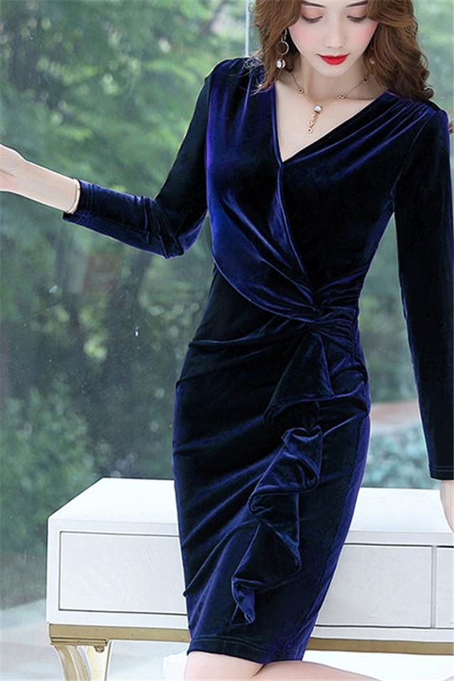 春秋装新款长袖金丝绒连衣裙女V领木耳边中长款气质修身包臀裙子