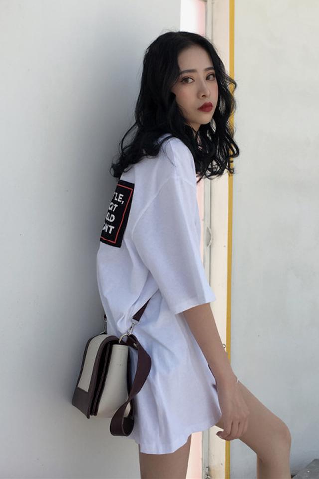 时尚oversize宽松短袖T恤裙女夏季中长款简约百搭圆领韩系T恤女学生字母贴布印花上衣潮