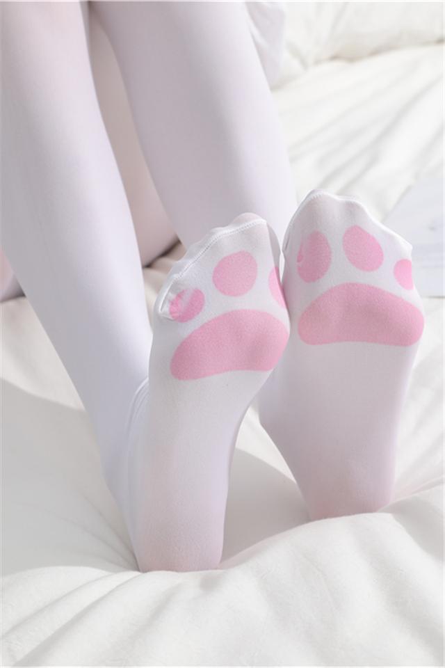 猫爪连裤袜可爱脚印大腿白色丝袜女日系洛丽塔天鹅绒长筒过膝袜子