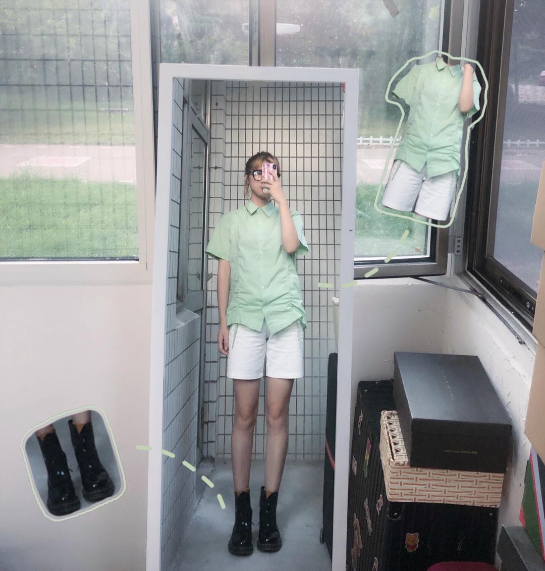 夏日果味女孩🥑🥑🥑 今年特别流行褶皱衬衫 这款浅绿色特别小清新 搭配马丁靴无敌显腿细哦#155女孩进,专属搭配教你!#