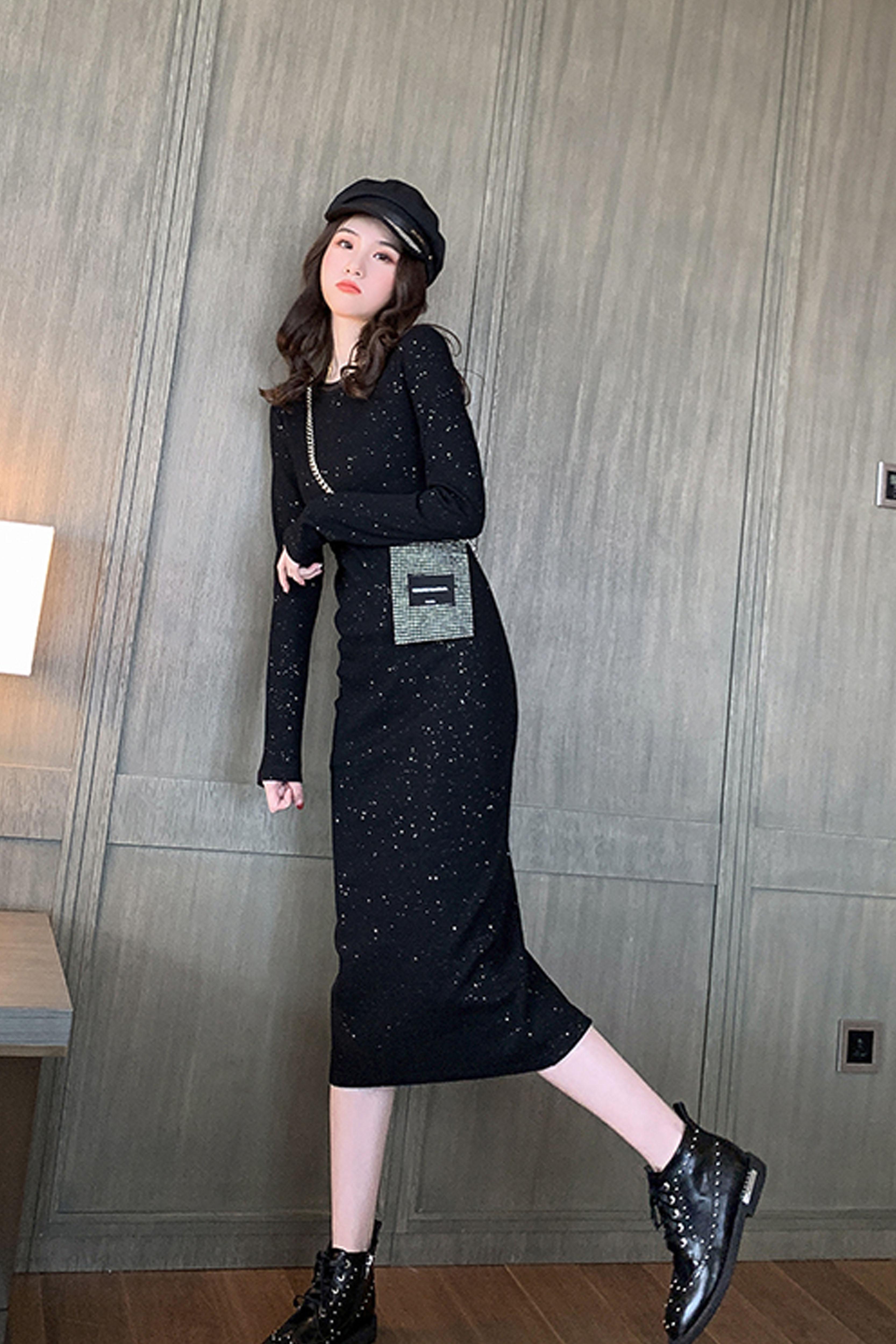 闪亮黑色针织连衣裙2019秋季新款中长款过膝后开叉长袖打底裙