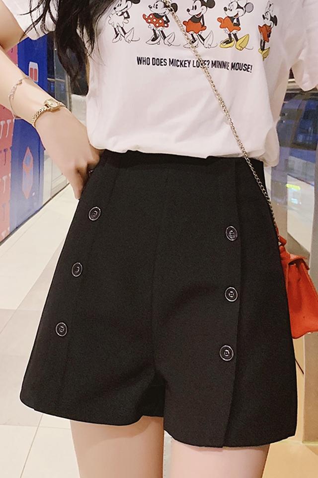 2020女衬衫女长袖雪纺纯色韩范打底衬衣潮黑色短裤时尚套装