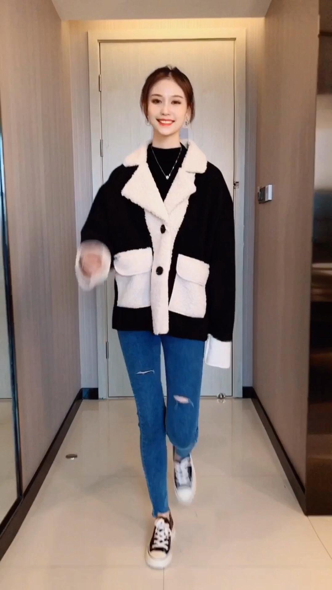 不能有个拥抱,还可以买件外套#双十一热销榜,这件第一名!#