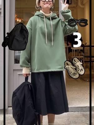 #冬日约会穿搭,一眼就惊艳!#绿色假两件卫衣➕黑色半身裙,超级遮肉显瘦的搭配哦!很实穿,加绒款保暖效果超强的哦!