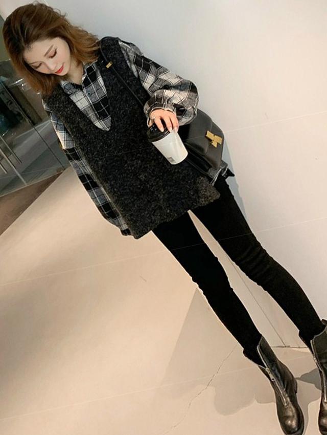 休闲三件套秋冬新款格子衬衫+针织背心马甲+黑色小脚裤子套装
