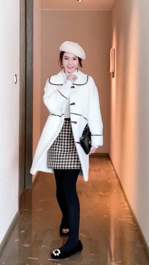 被评为今年最好看的四件风衣#厚外套+裙子,我嗑过最甜的cp!#