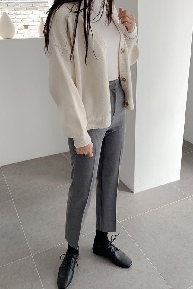 #穿s码是什么感觉# 보이는 효과가 좋아 반신 스커트나 바지를 매치해 길어 보이게 한다    데일리 스웨터,셔츠,베이스 모두 유니스