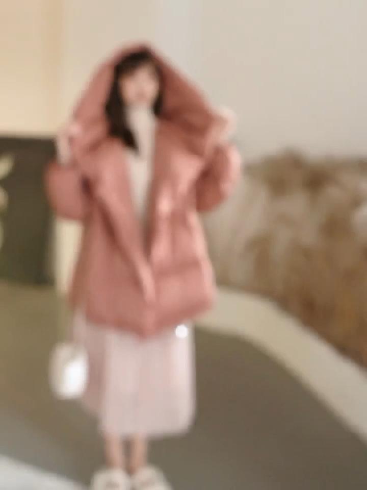 粉色羽绒服既温柔又保暖 抓住冬天的小尾巴  #30天打卡挑战#