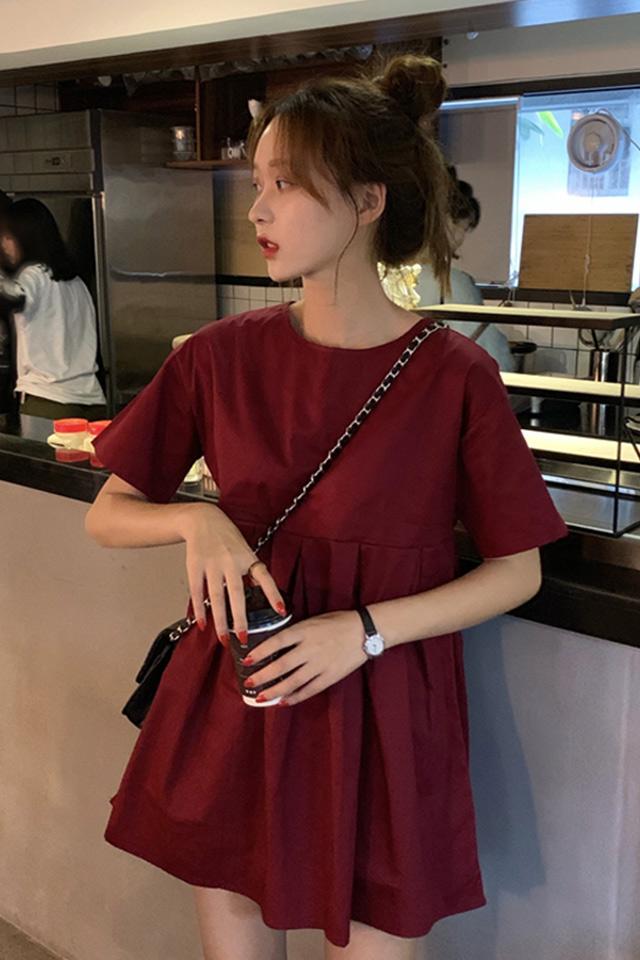 早春2020新款韩版气质纯色短款红色连衣裙女学生宽松显瘦裙子