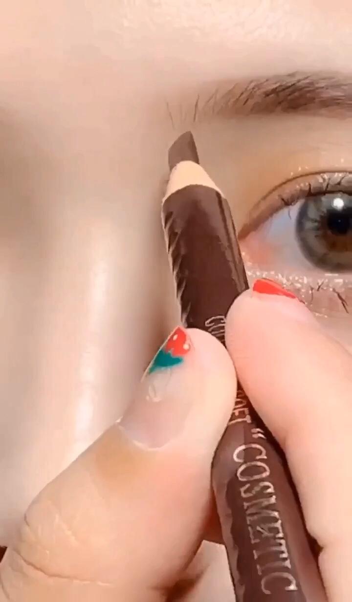 网红同款 修容高鼻梁 正确画法来啦!!! #我的独门化妆技巧#