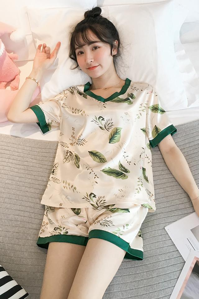 睡衣女夏季短袖短裤韩版休闲V领薄款睡衣仿真丝小清新家居服套装