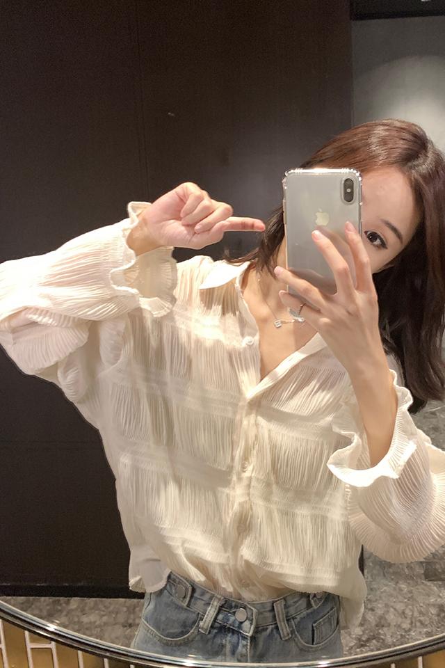 2020秋季新款很仙的减龄雪纺长袖衬衫女洋气打底内搭小衫上衣