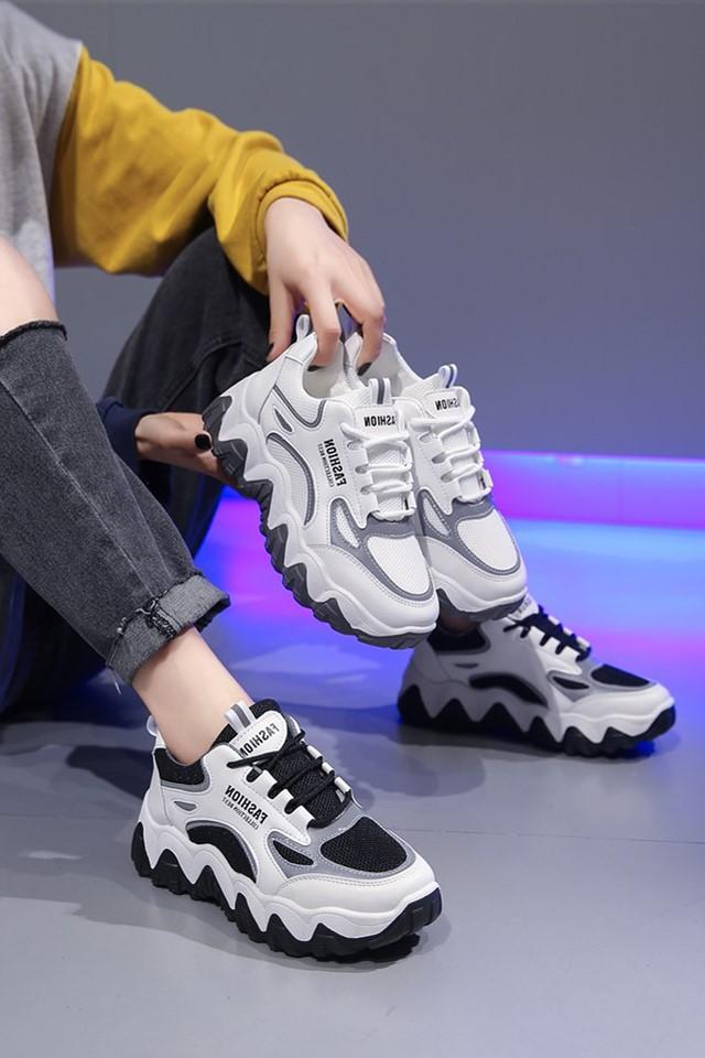 网红超火老爹鞋女2021春季女鞋子新款运动鞋女百搭厚底跑步鞋