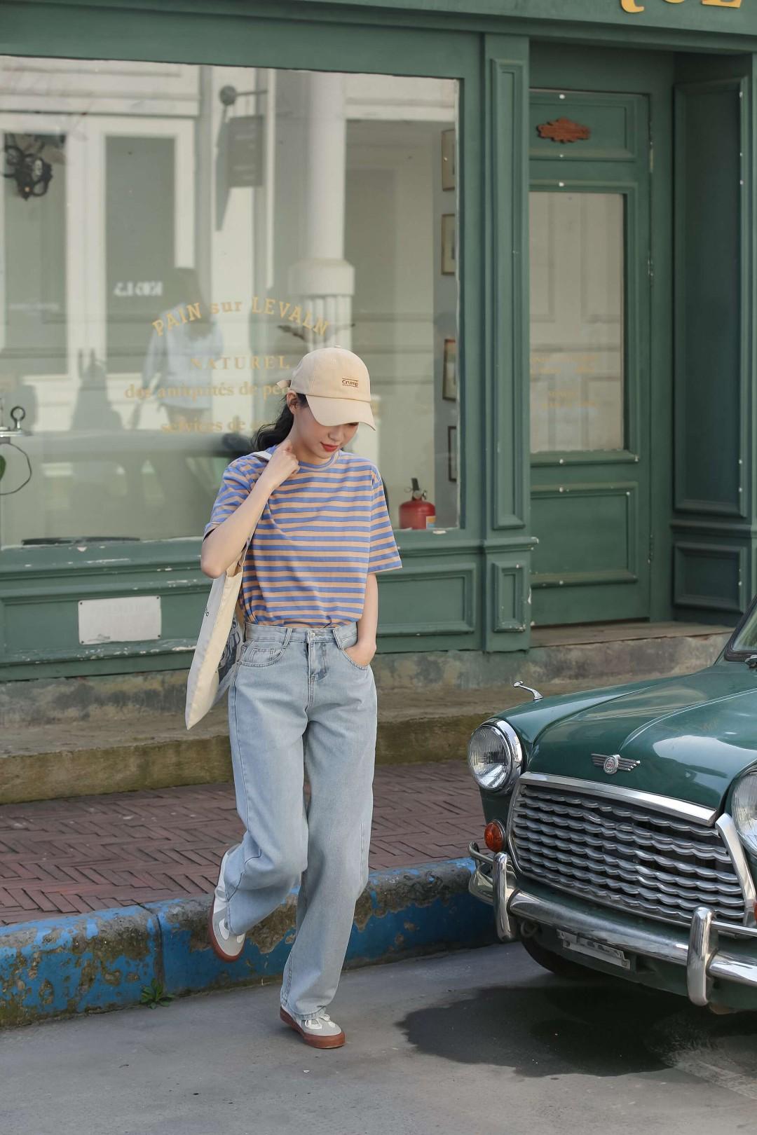 集美们,藏不住了。 夏季超百搭的牛仔裤来了。🤩 有了它,什么都能搭。 #今天穿什么#