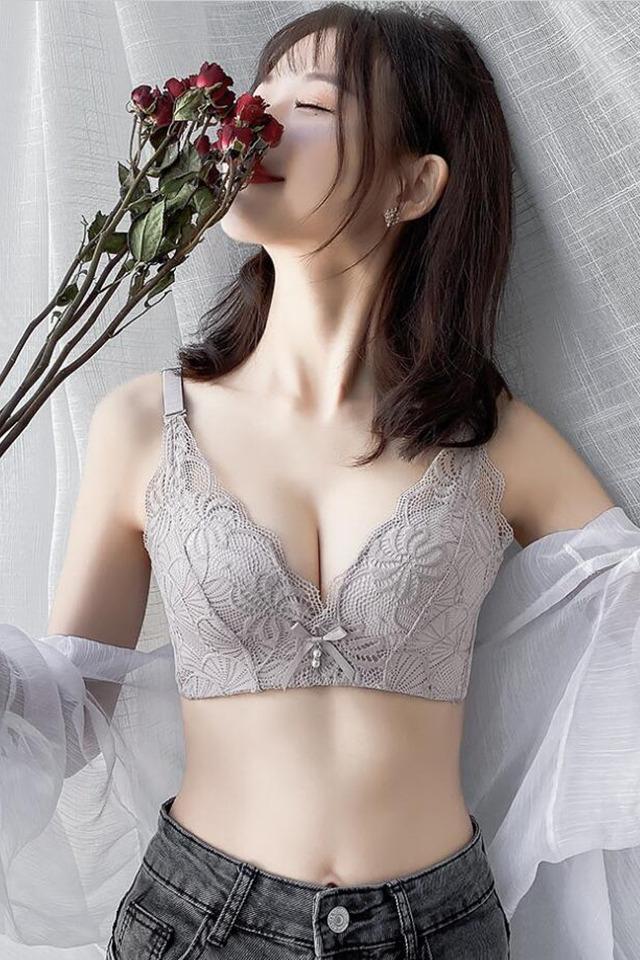 性感蕾丝内衣女无钢圈小胸聚拢调整型收副乳防外扩防下垂无痕文胸