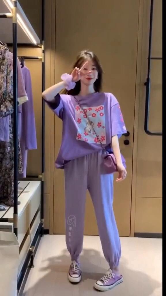 #穿搭日志#2020即将流行的紫色系穿搭,最后一套是仙女穿的吗春季穿搭 #女装新品日