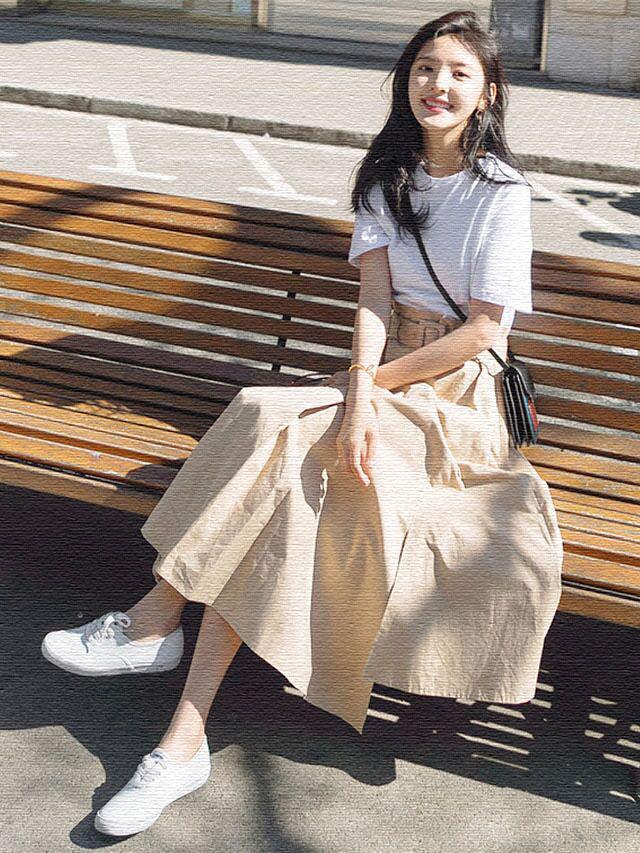 新款短袖裙子女学生韩版长款连衣裙仙女春夏季网红复古裙收腰