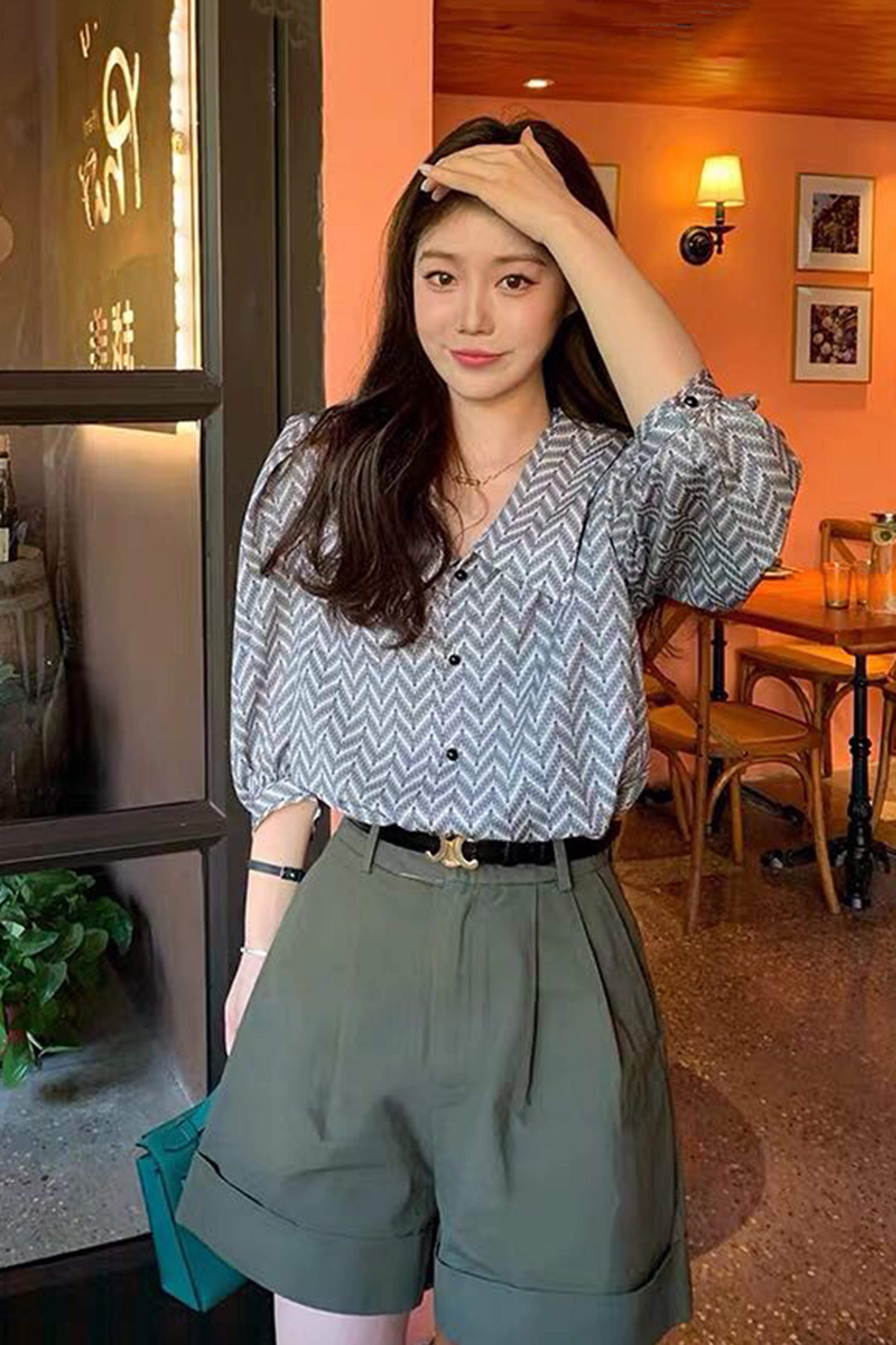时尚套装女冷淡轻熟风赫本港味复古气质洋气减龄短裤小香风两件套