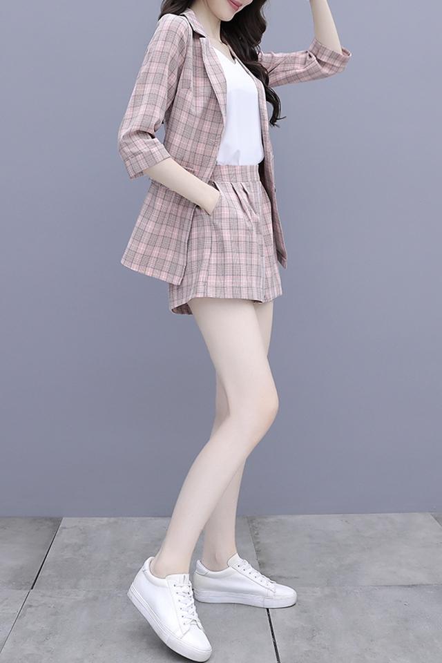 2020新款韩版春夏西装外套休闲小西服套装淑女风格子三件套装