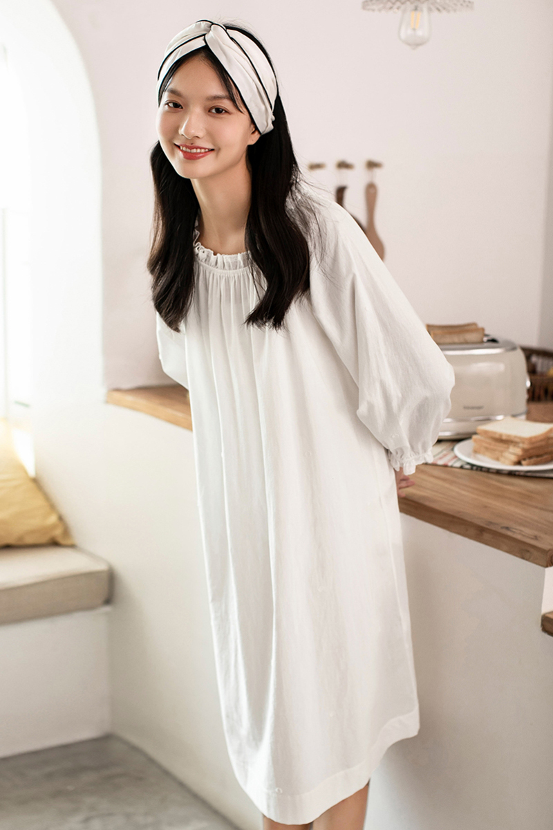 茵曼睡衣家居服秋季新款纯棉长袖宽松圆领白色睡裙可外穿可爱少女