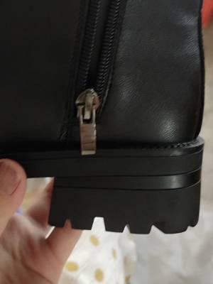 在甜心家买的加绒的短靴,好看死了,虽然加绒淡一点都不显脚大,显脚小,显脚瘦,穿上很显腿长,简直绝了,太谢谢甜心挑的这么好看的款比❤️ #919战利品开箱测评#
