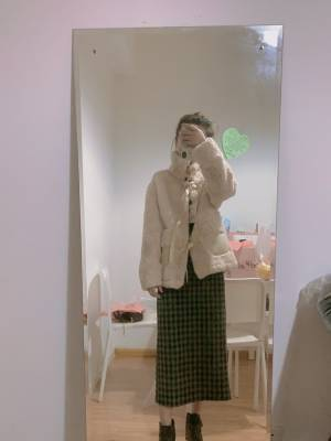 爱了爱了,我的腿型就是让我最不自信的,这个裙子完全遮住了我的缺点,真的好喜欢呀 #小甜心_呢粉丝晒单#