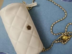 包包很好看,质感非常好,盲盒福利太给力了,甜粉福利,美丽无敌。 #小甜心_呢粉丝晒单#