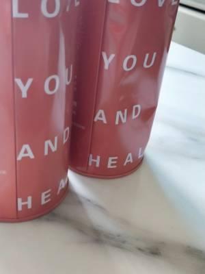 回购的,多屯两盒,就是快递太暴力罐子都瘪了。 #小甜心_呢粉丝晒单#
