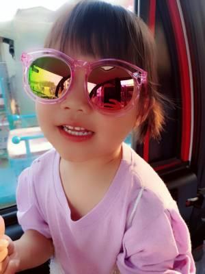 质量很好,宝贝们特别喜欢!一开始我还怕儿子头大带不了,结果非常合适!满意! #米娜童装粉丝晒单#