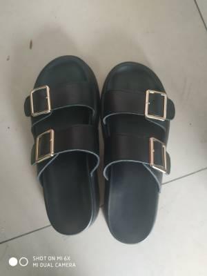 鞋子真的很好穿,大小刚好,穿着也很方便还很显脚小 #小甜心_呢粉丝晒单#