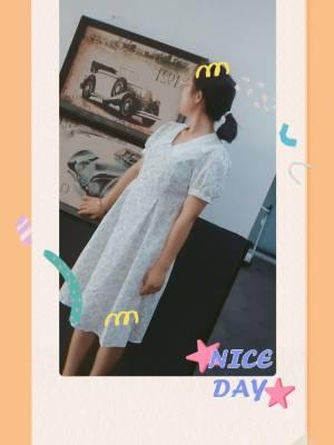 谢谢月月,质量超级好,无敌仙气,简直就是高定裙子,太漂亮了,喜欢在月月这里买裙子,因为月月的裙子都超级好超级仙! #小月月_呀粉丝晒单#
