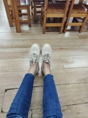 感觉很不错,很喜欢这个款式,也很好搭配衣服裤子,很不错哦 #小姿姿_吖粉丝晒单#