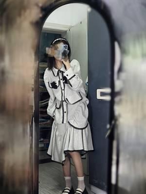 这个套装绝了~好有设计感!!!!好看吧好看吧!!!真的好好看~ #冉冉Rran粉丝晒单#