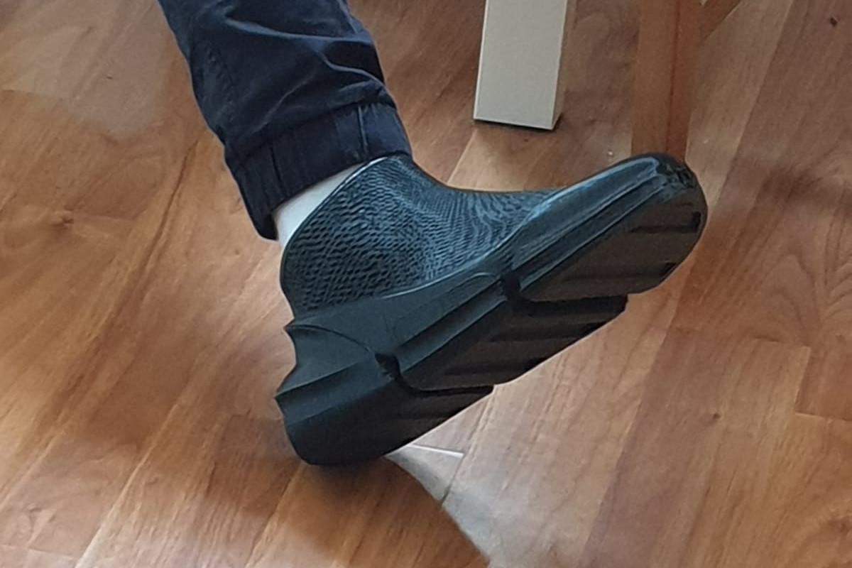 纪念人类月球日 | 3D打印鞋中的一小步......